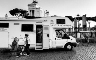 Unità Mobile. Nelle periferie di cartone per una salute senza confini